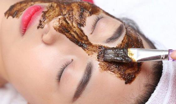 Giúp trắng da hay da bị nám, trị mụn từng loại da, thành phần gồm 100% nguồn gốc thảo dược nhân sâm, linh chi, bột ngọc trai v.v...