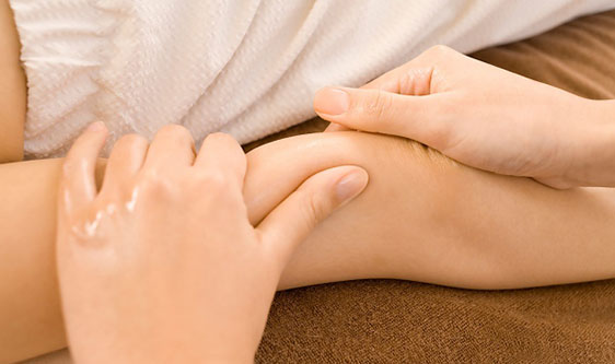 Giúp lưu thông máu tránh đau mõi khớp tay, giảm tê tay